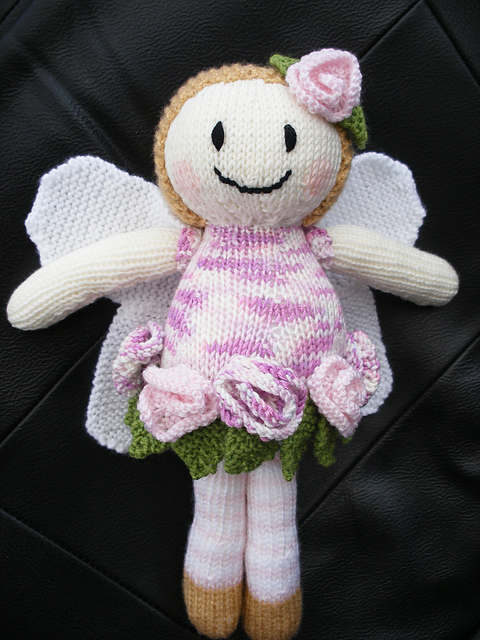 Free Knitting Patterns for Dolls I want to Knit